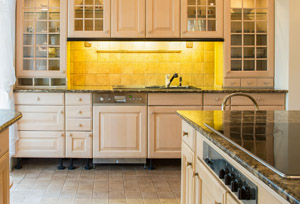 Kitchen with backsplash